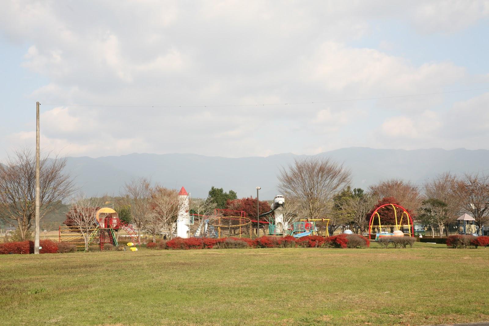 遠くに見える公園